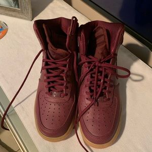 🔥🔥AirForce 1 A-Maroon Color 🔥🔥